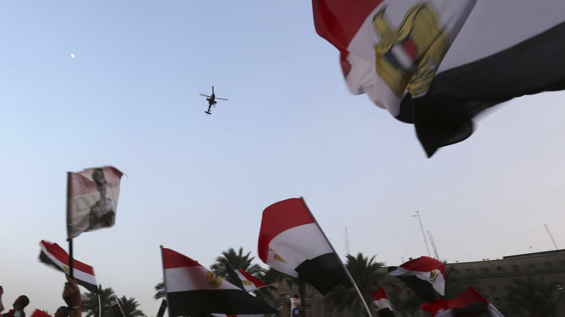 Egito nega ter enviado tropas à Síria