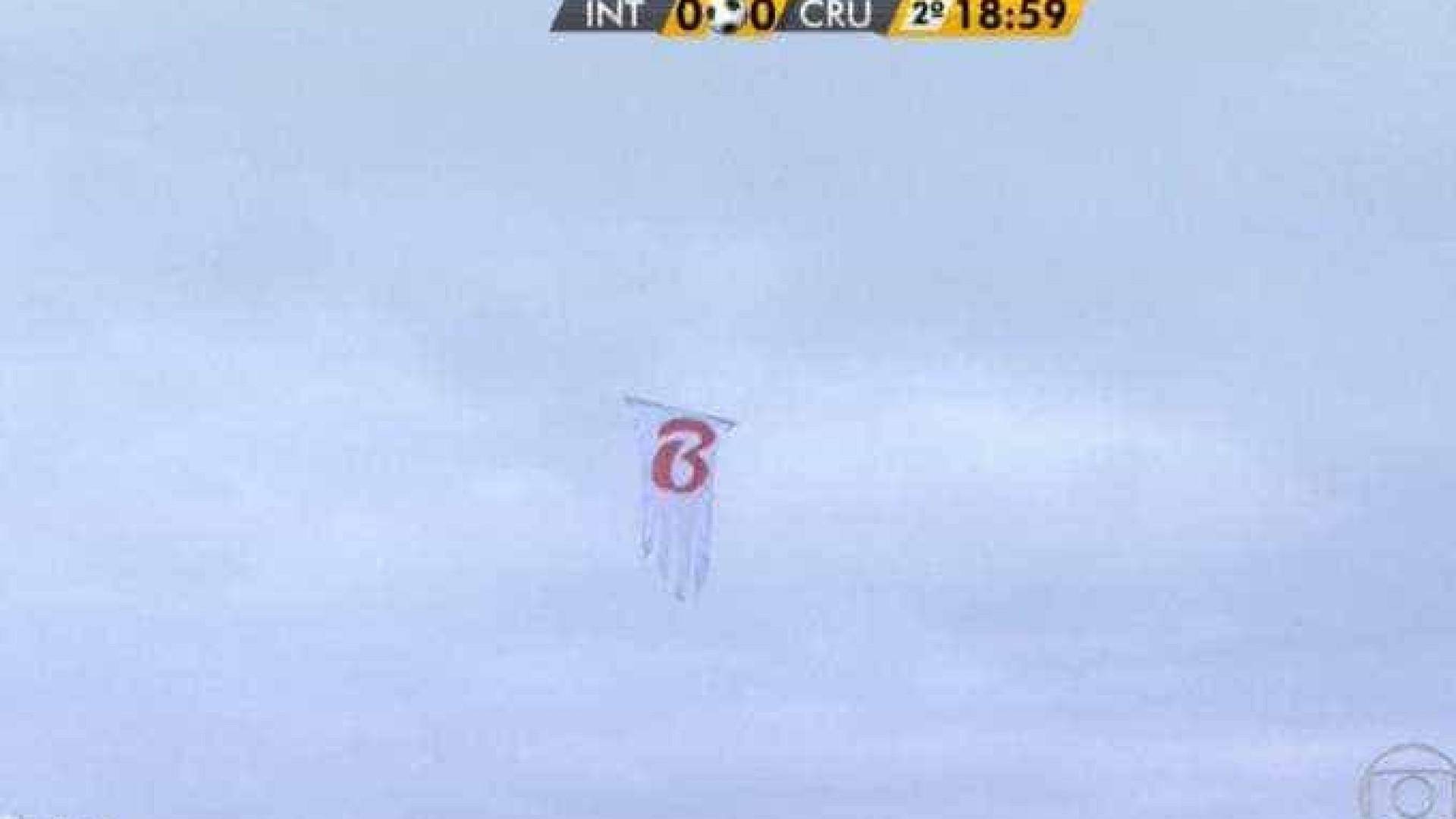 'Fantasma da Série B', drone sobrevoa Beira-Rio no jogo do Inter