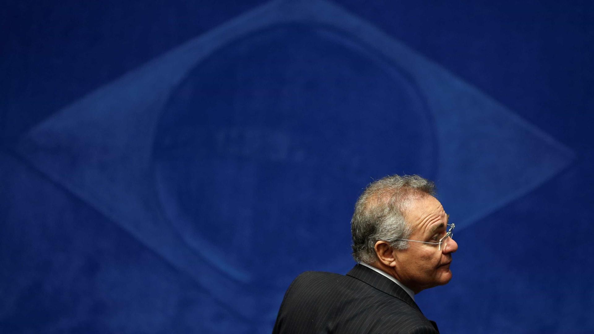 Renan fica na presidência do Senado, mas não pode substituir Temer
