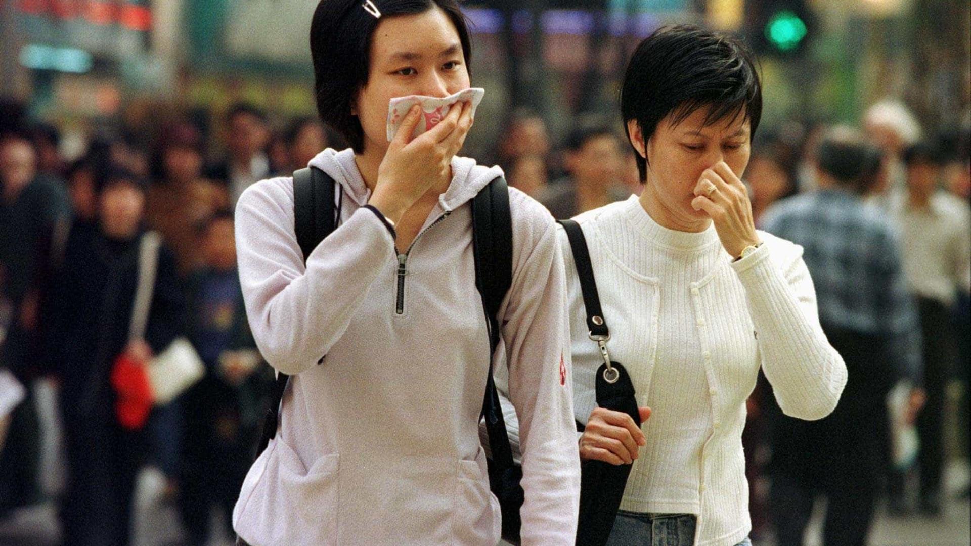 Pequim: alerta vermelho e rodízio de  veículos por poluição do ar