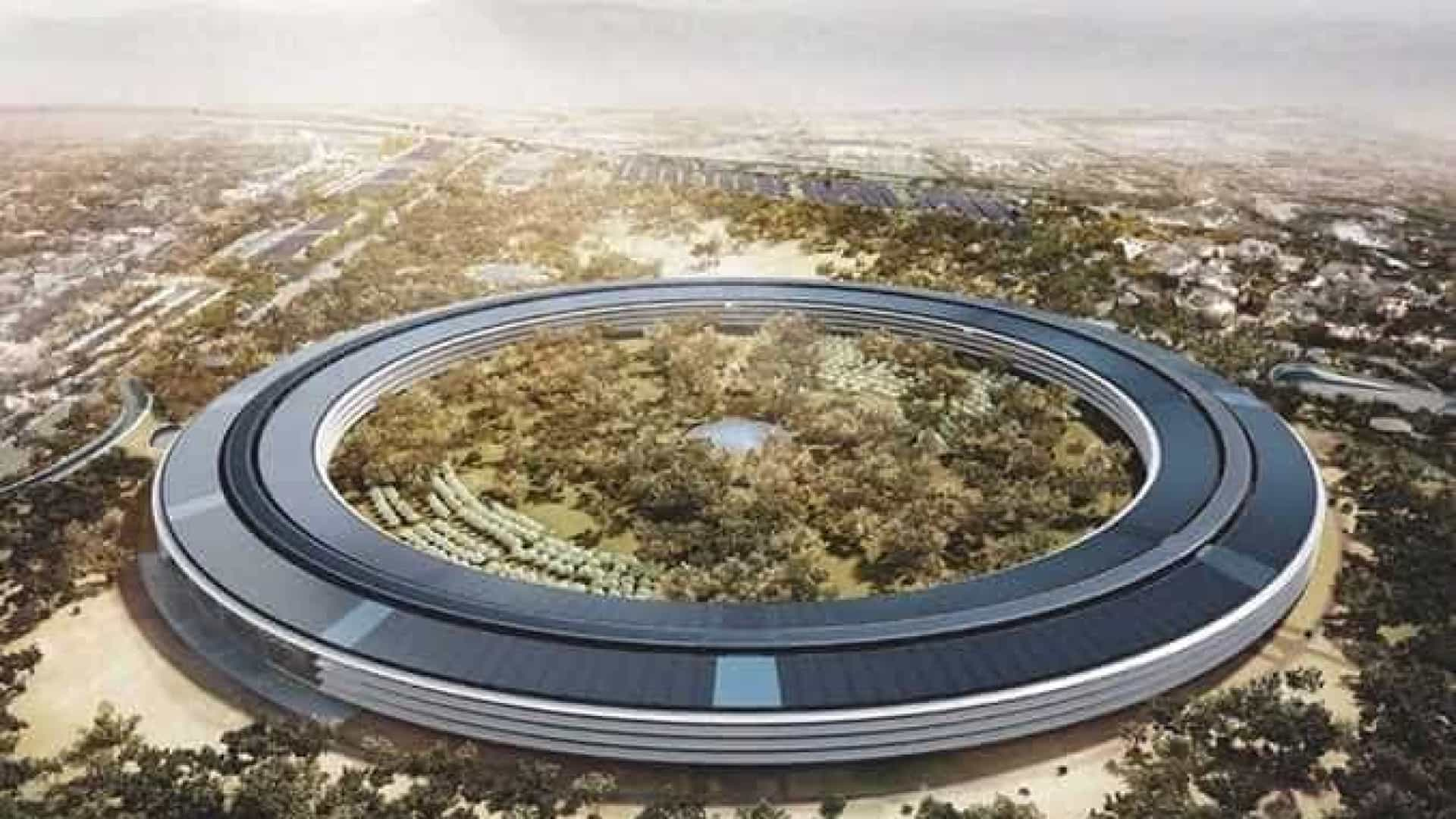 Com formato de disco voador, nova sede da Apple é vista por drone