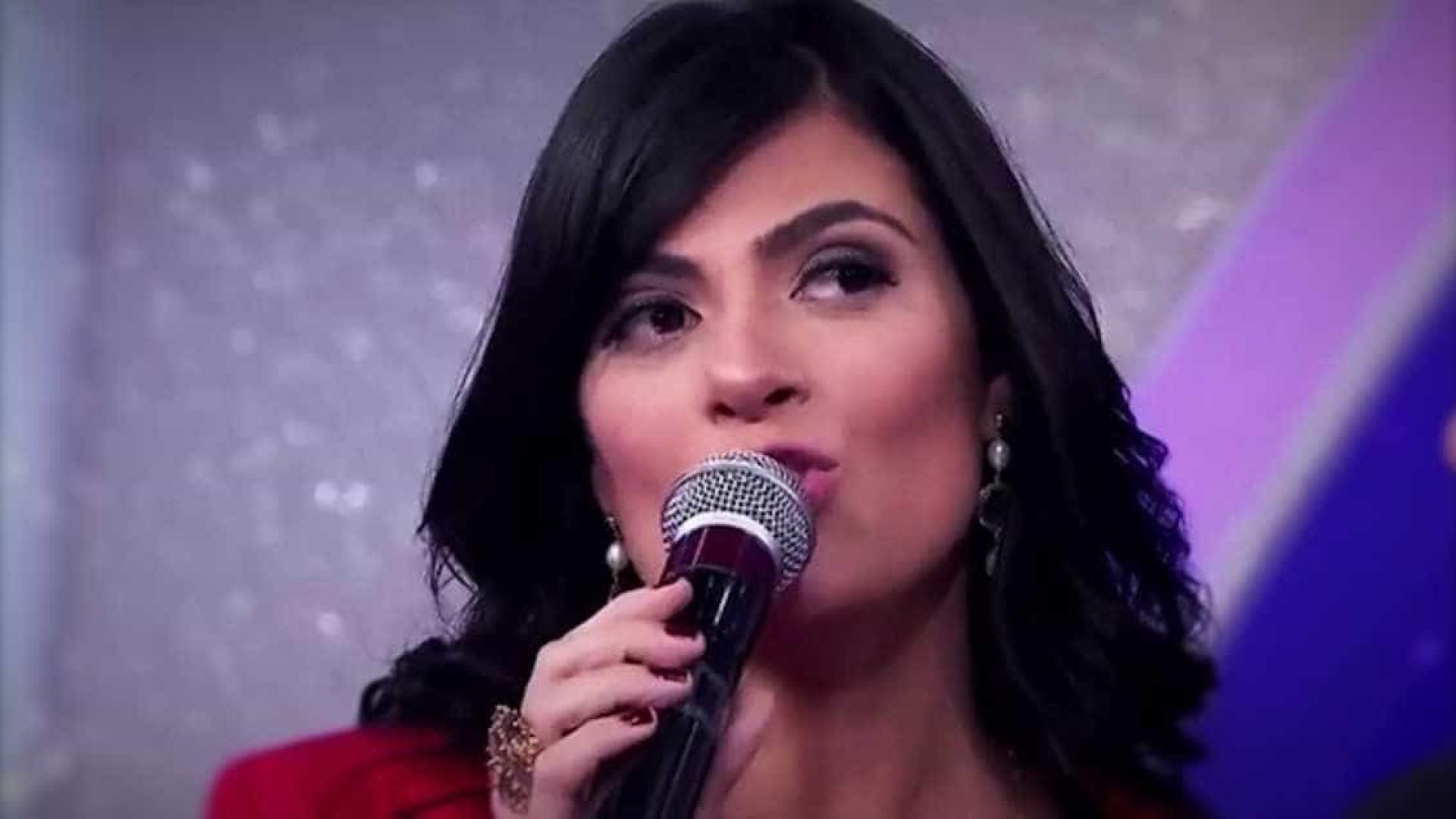 Fernanda Brum causa saia-justa no 'Encontro' ao falar de casamento