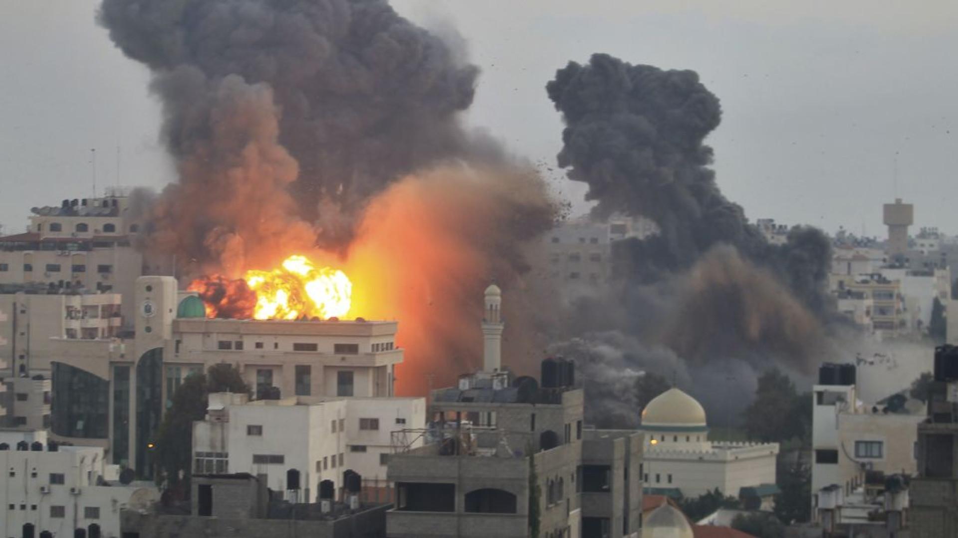 Aviões sírios retomam ataques  em Damasco, diz Observatório de DH