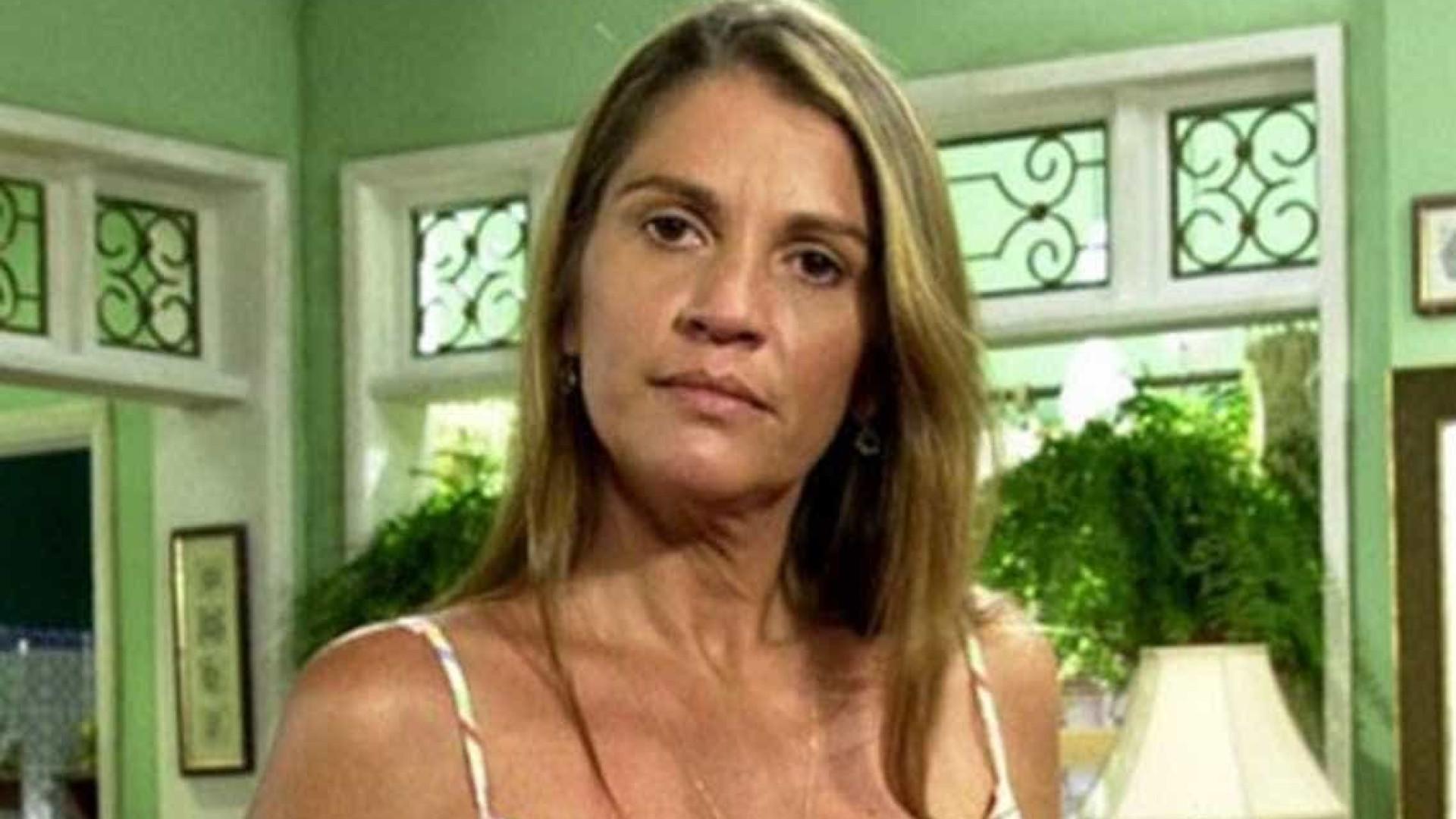 Atriz Tássia Camargo atribui morte de Marisa a Globo e manifestantes