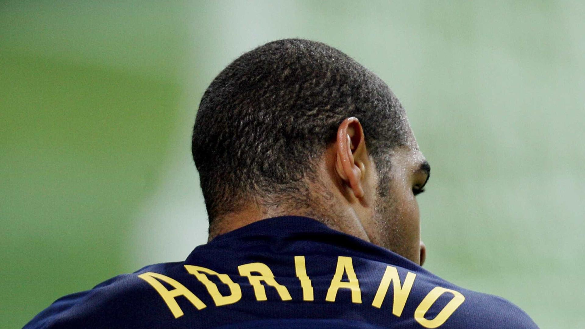 Adriano completa 35 anos nesta sexta; a carreira do Imperador em fotos