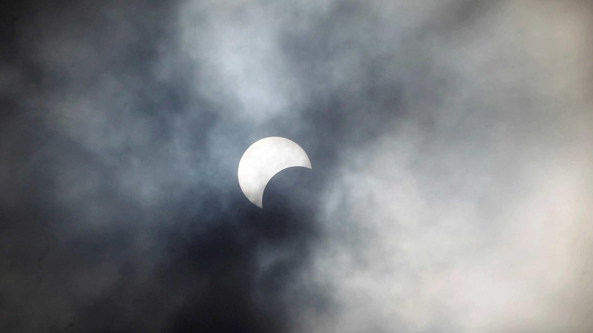 Incrível eclipse do Sol poderá ser visto do Brasil neste domingo