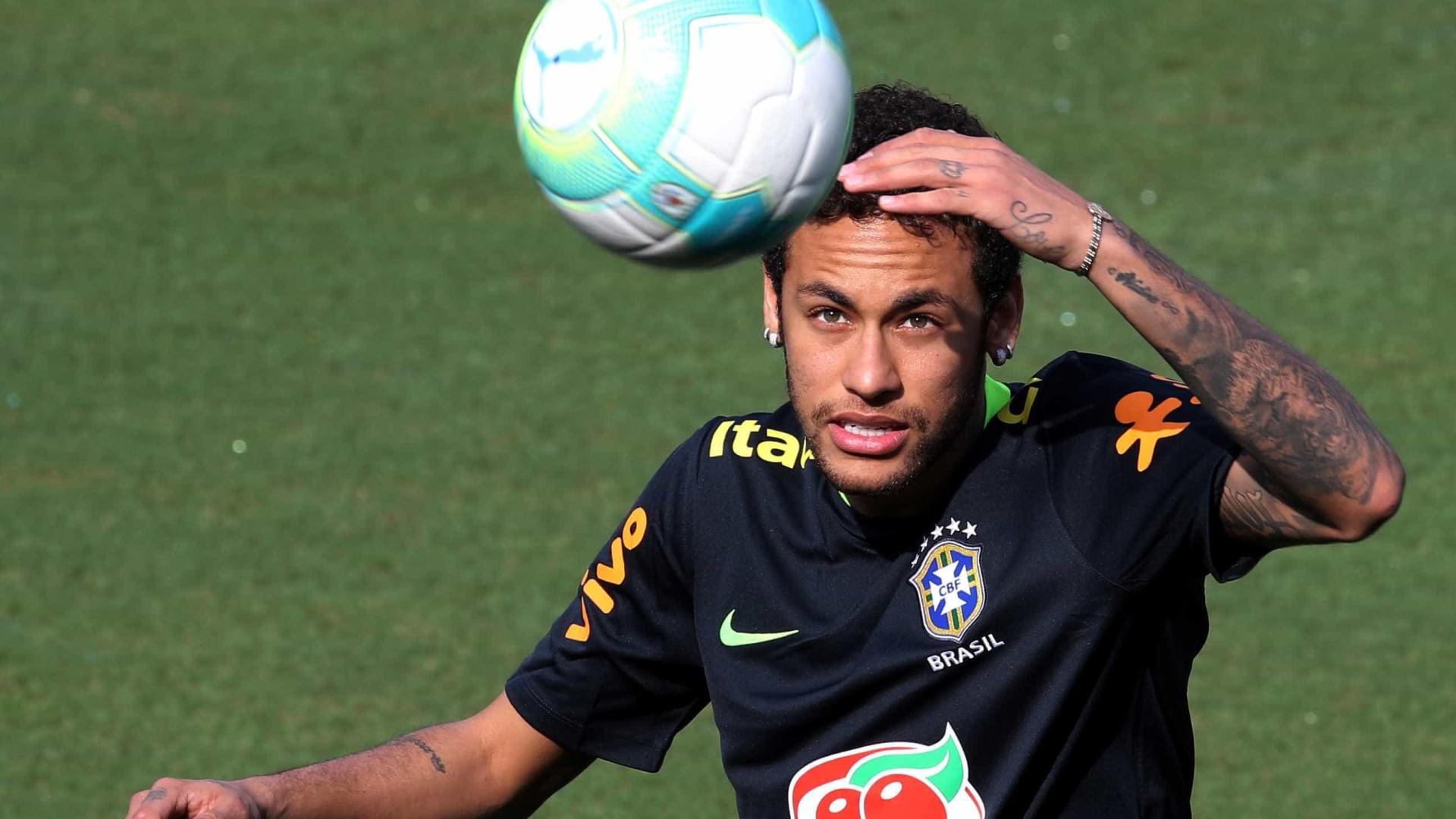 Em grande fase, Neymar será o capitão do Brasil no jogo com o Paraguai