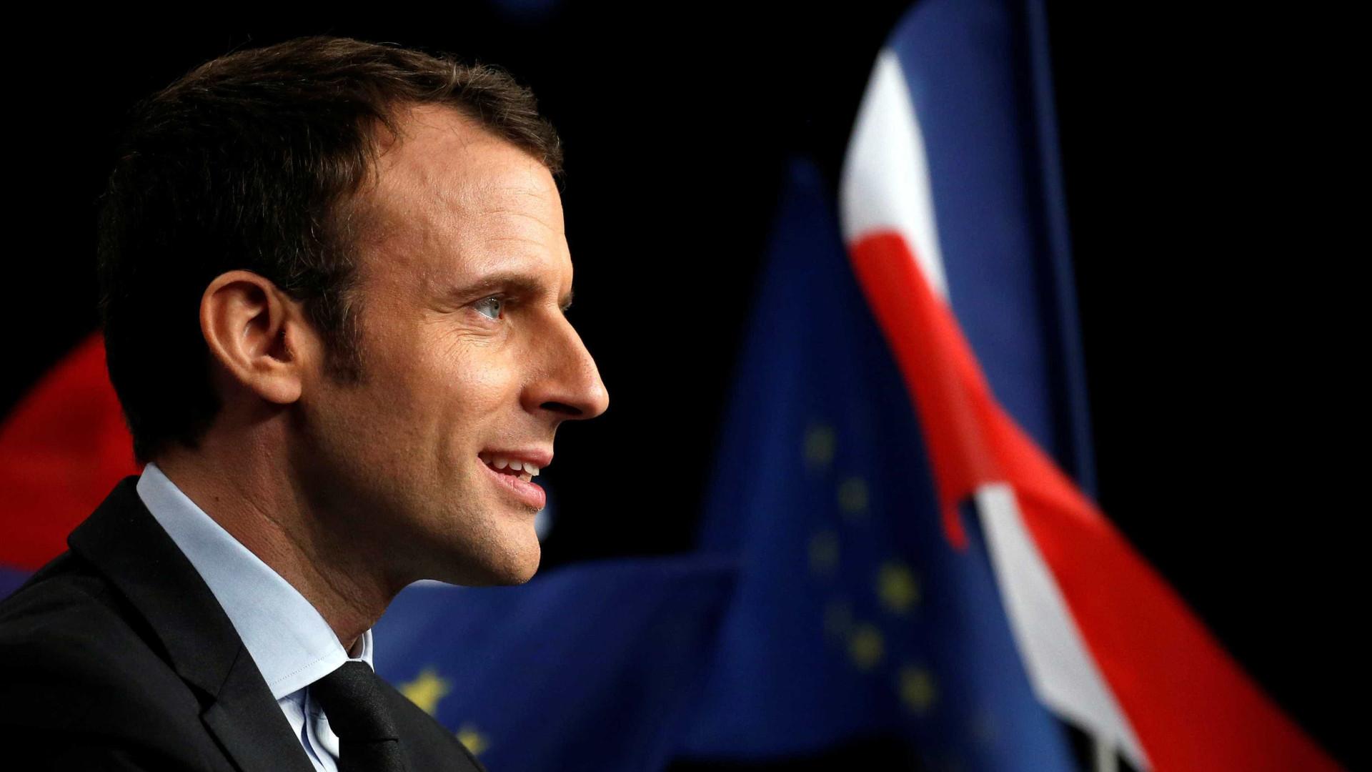 Candidato favorito na França comete gafe e confunde Guiana com ilha