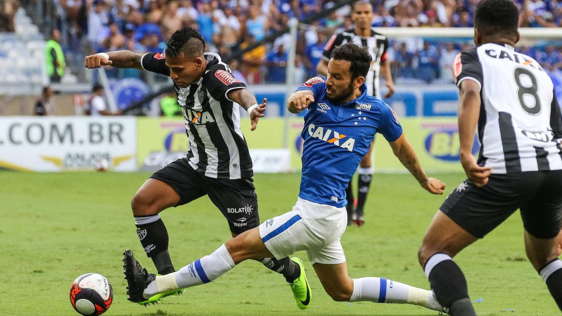 Com Fred expulso, Cruzeiro acaba  com série invicta do Atlético-MG
