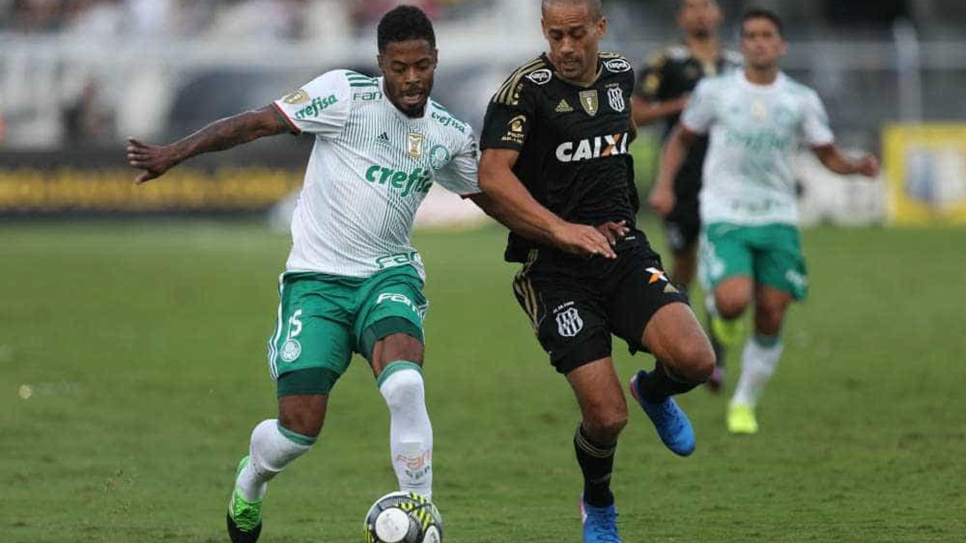 Palmeiras opta por se isolar após derrota em Campinas