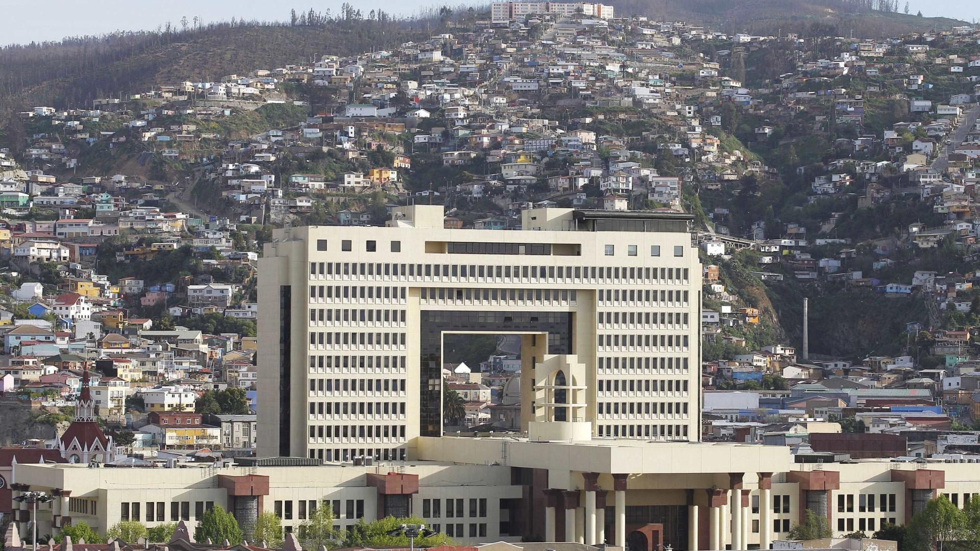 Terremoto de 7.1 graus atinge litoral do Chile