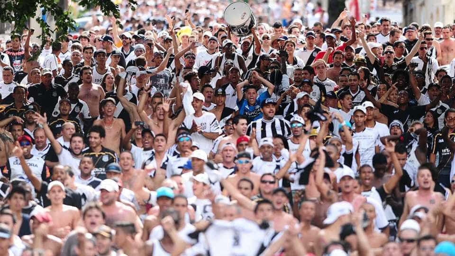 Torcedores da Ponte Preta acampam por ingressos para final do Paulista