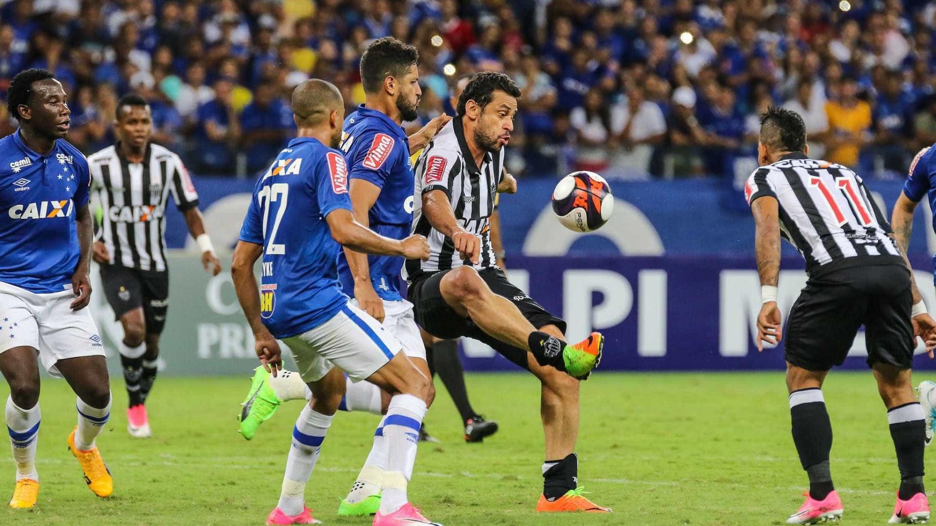 Com pouca emoção, Cruzeiro e Atlético empatam sem gols