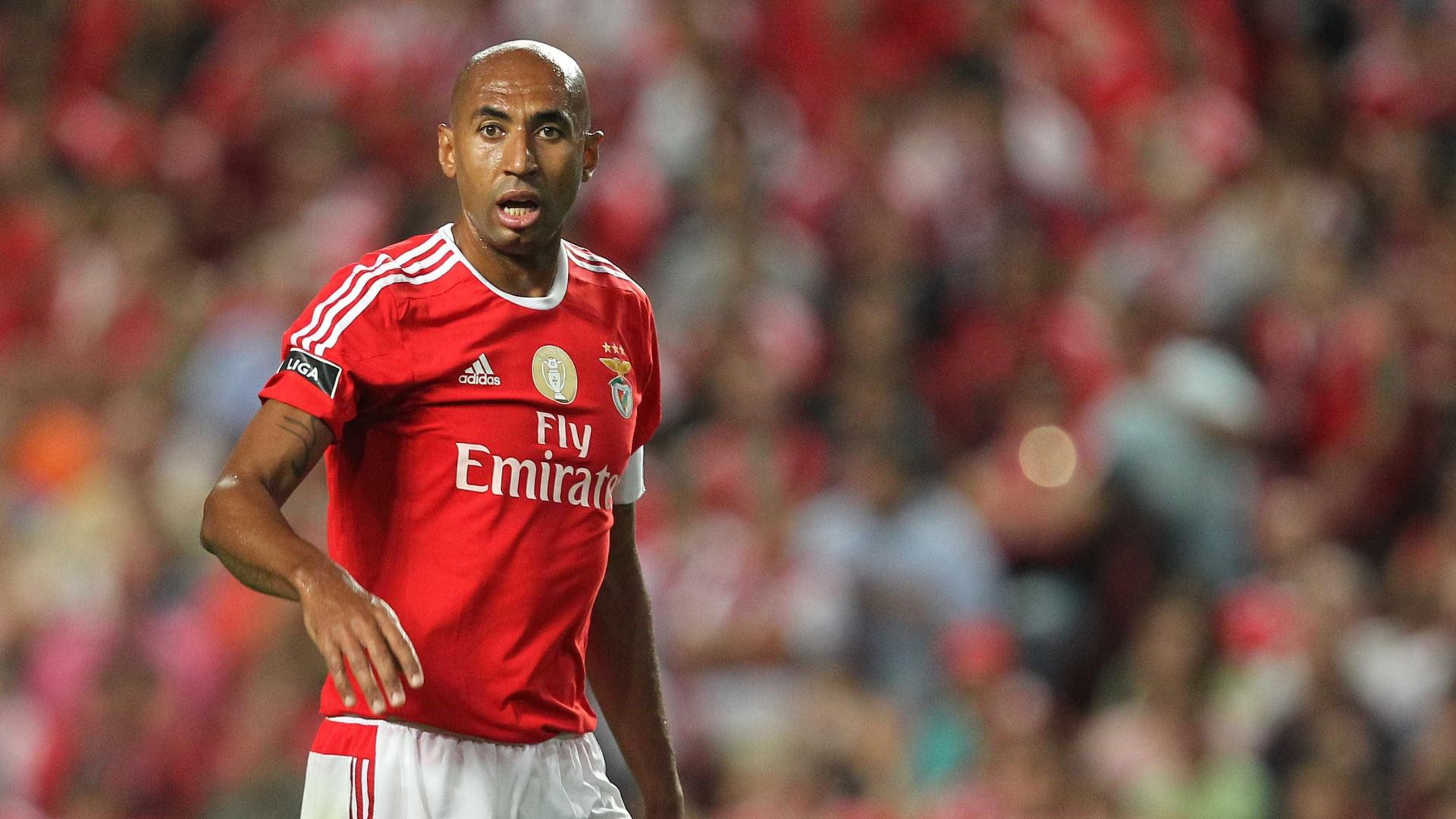 O maior campeão da história do Benfica é brasileiro: Luisão