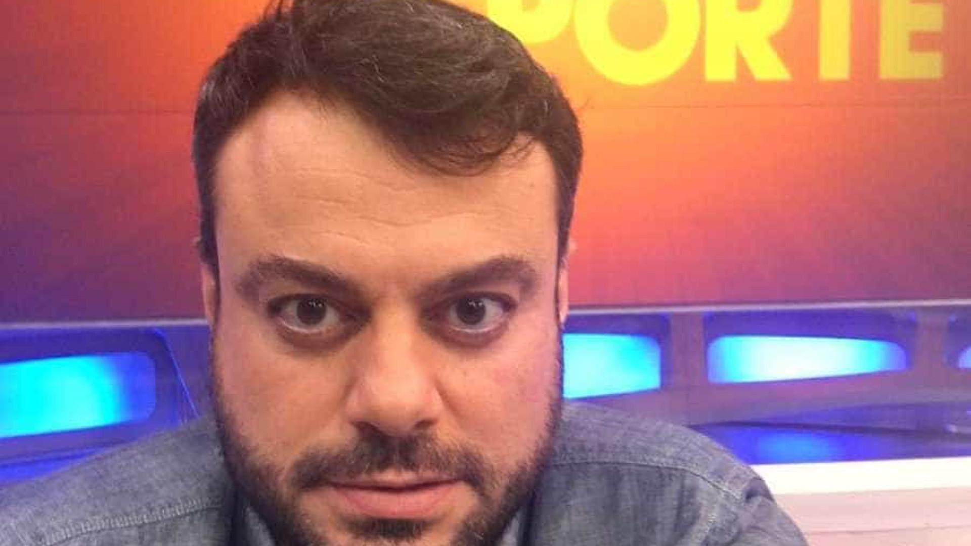 Repórter da Globo ataca canal de TV: 'São profissionais mesmo?'