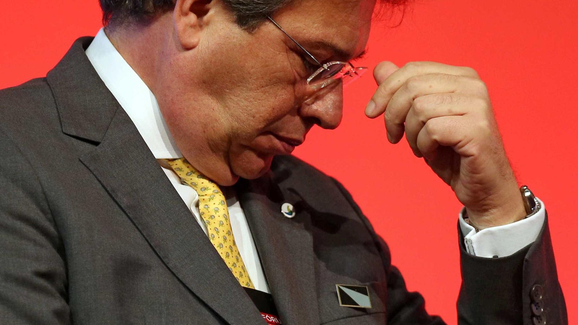 Eletrobras vai economizar R$ 1,5 bi com demissões, diz presidente