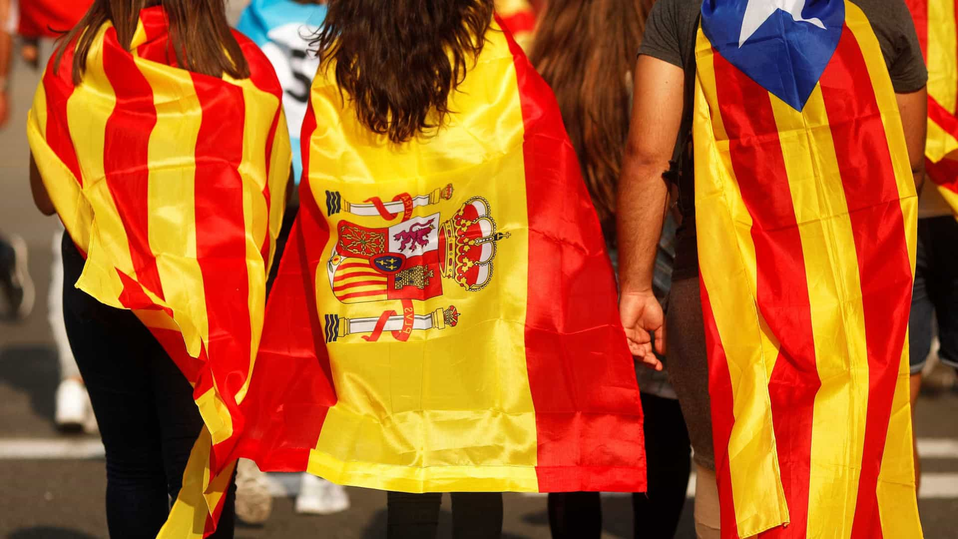 Espanha pede eleições na Catalunha para pôr fim na crise