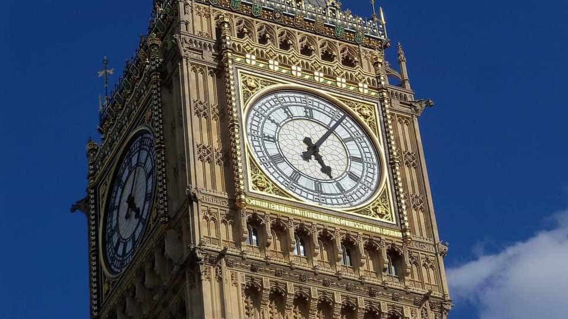 Londres estabelece horário exato para Brexit