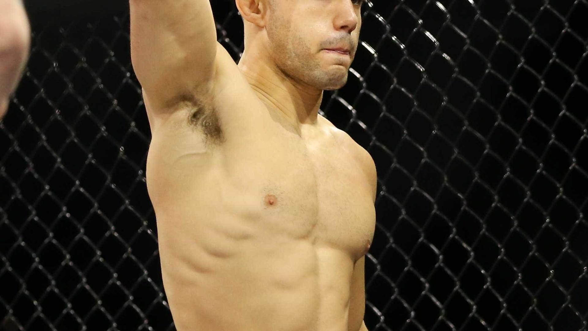 Brasileiro nocauteia com joelhada brutal no UFC Fresno; veja
