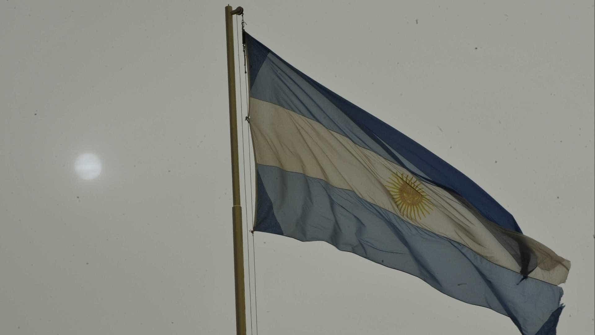 Bactéria que 'come cérebro' provocou morte de criança na Argentina