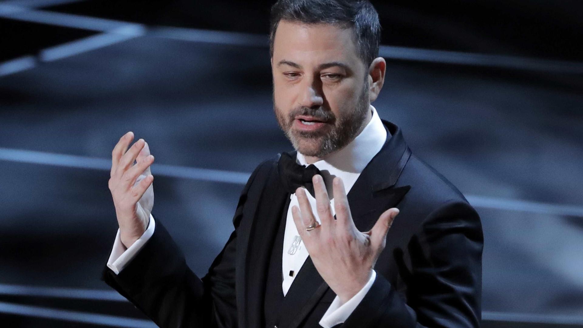 Oscar 2018: Jimmy Kimmel ataca assédio em excelente abertura
