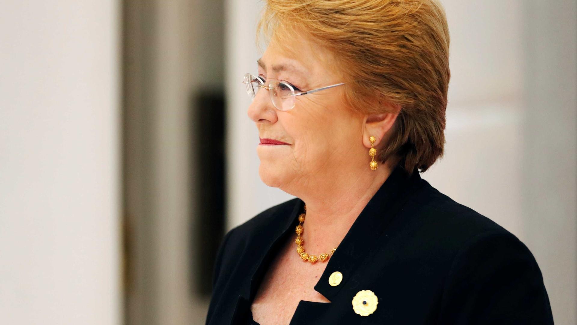 Bacheletdeixarágoverno do Chile com 39% de aprovação