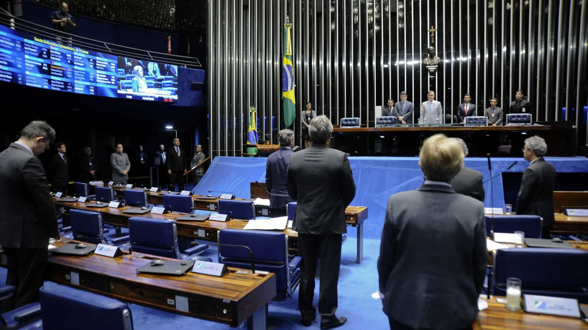 Assassinato de vereadora é atentado à democracia, avaliam senadores