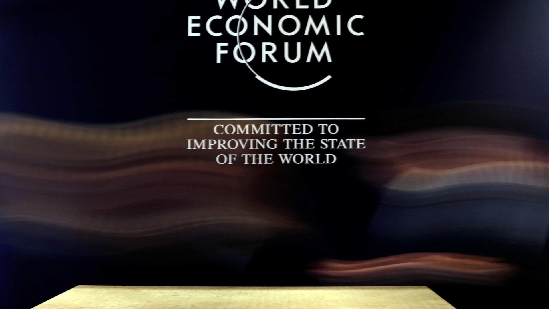 Debate sobre riscos à democracia na encerra Fórum Econômico em SP