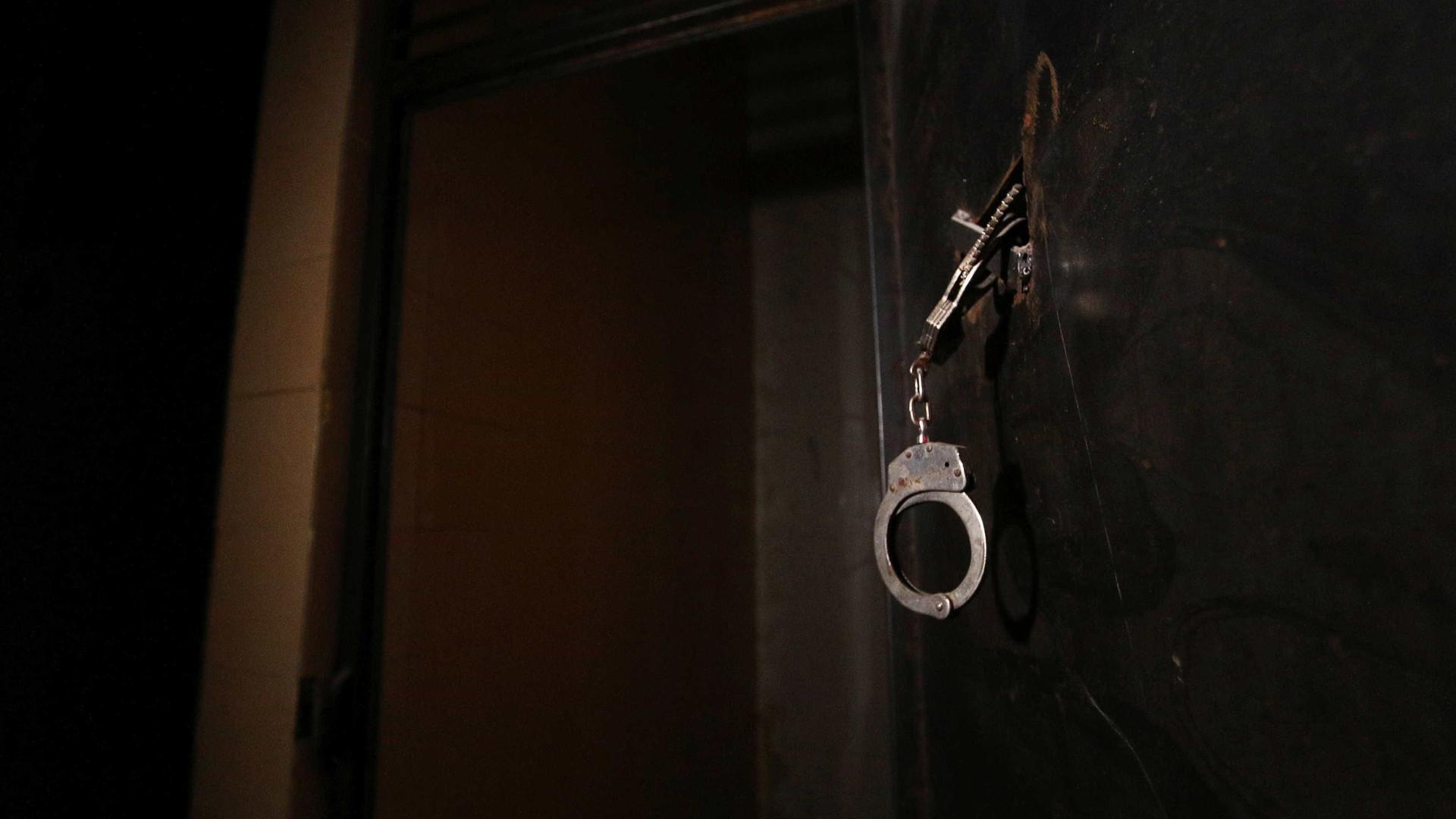 Marido mata mulher com 28 facadas e é preso na Paraíba