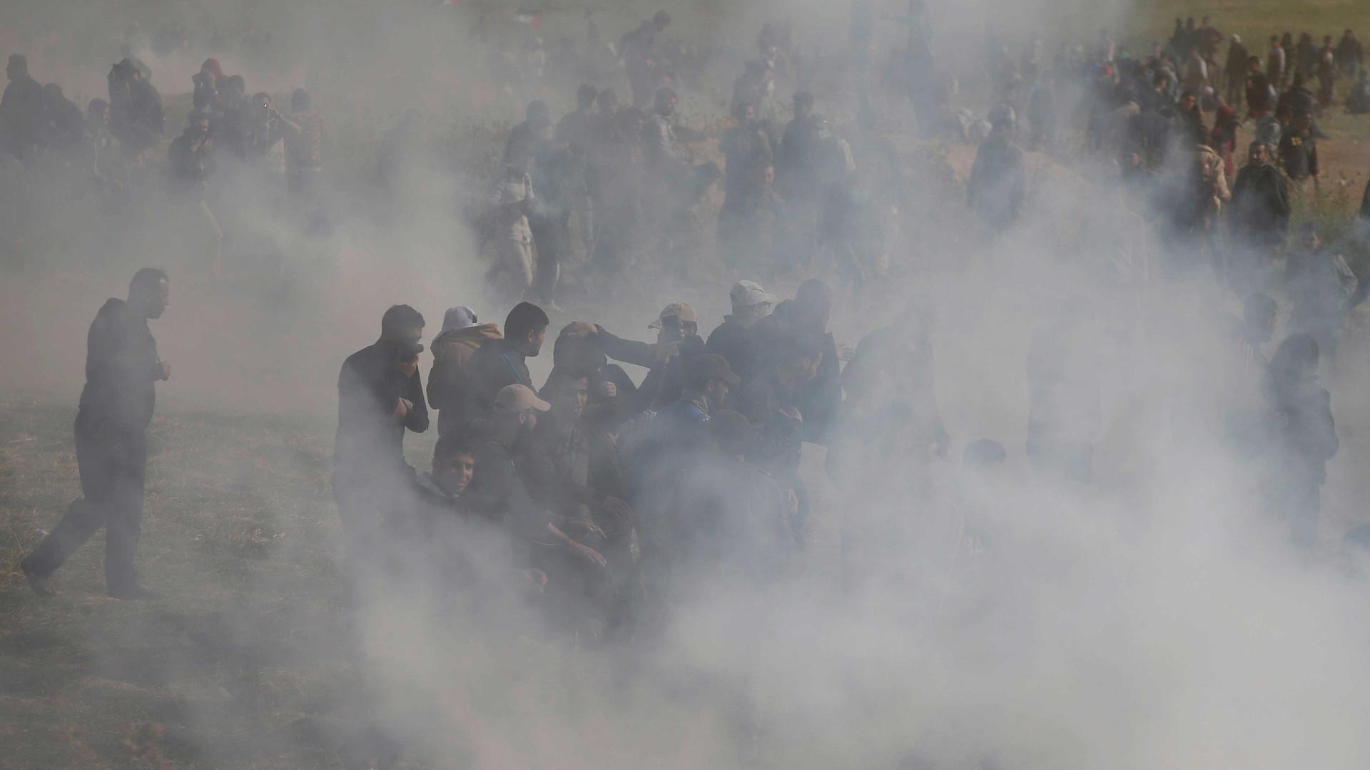 Conflito na fronteira entre Israel e Gaza mata 15 e fere mil palestinos