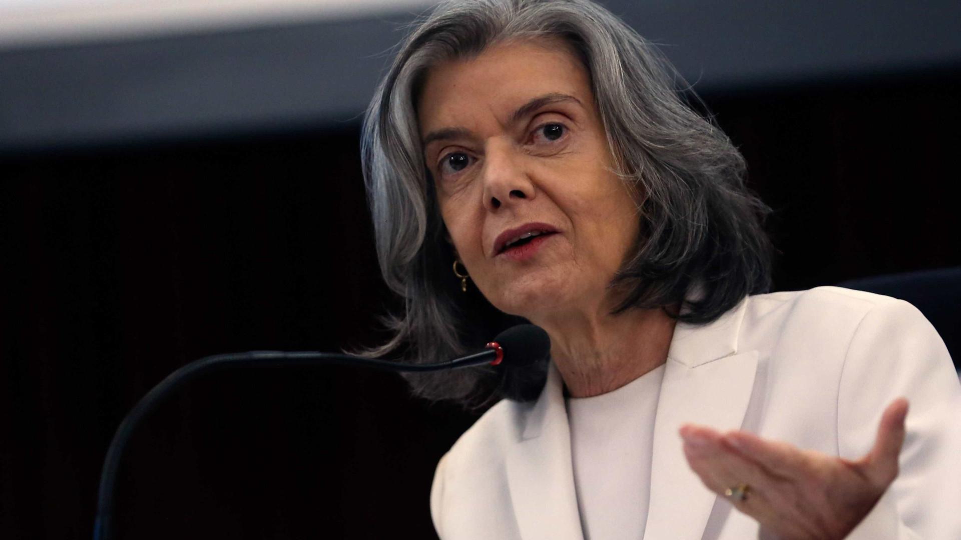 Cármen Lúcia mantém posse de Cristiane Brasil suspensa