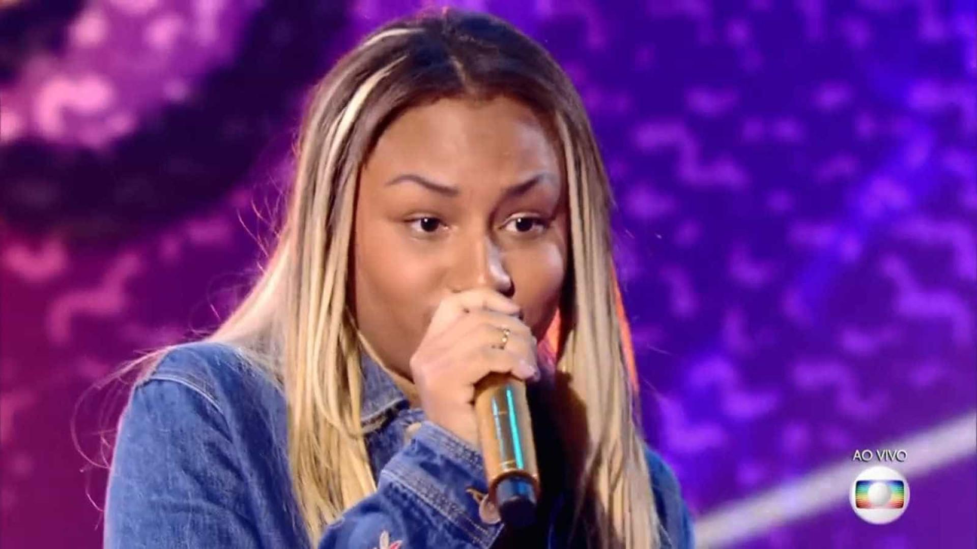 Com sobrinha na final do TVK, cantora desabafa: 'Cor negra incomoda'