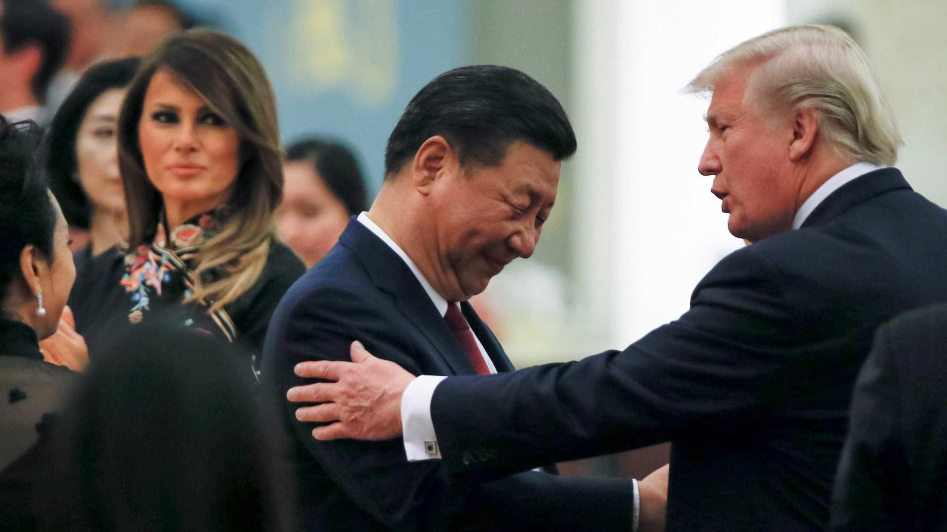 China anuncia retaliações contra mais de cem produtos dos EUA