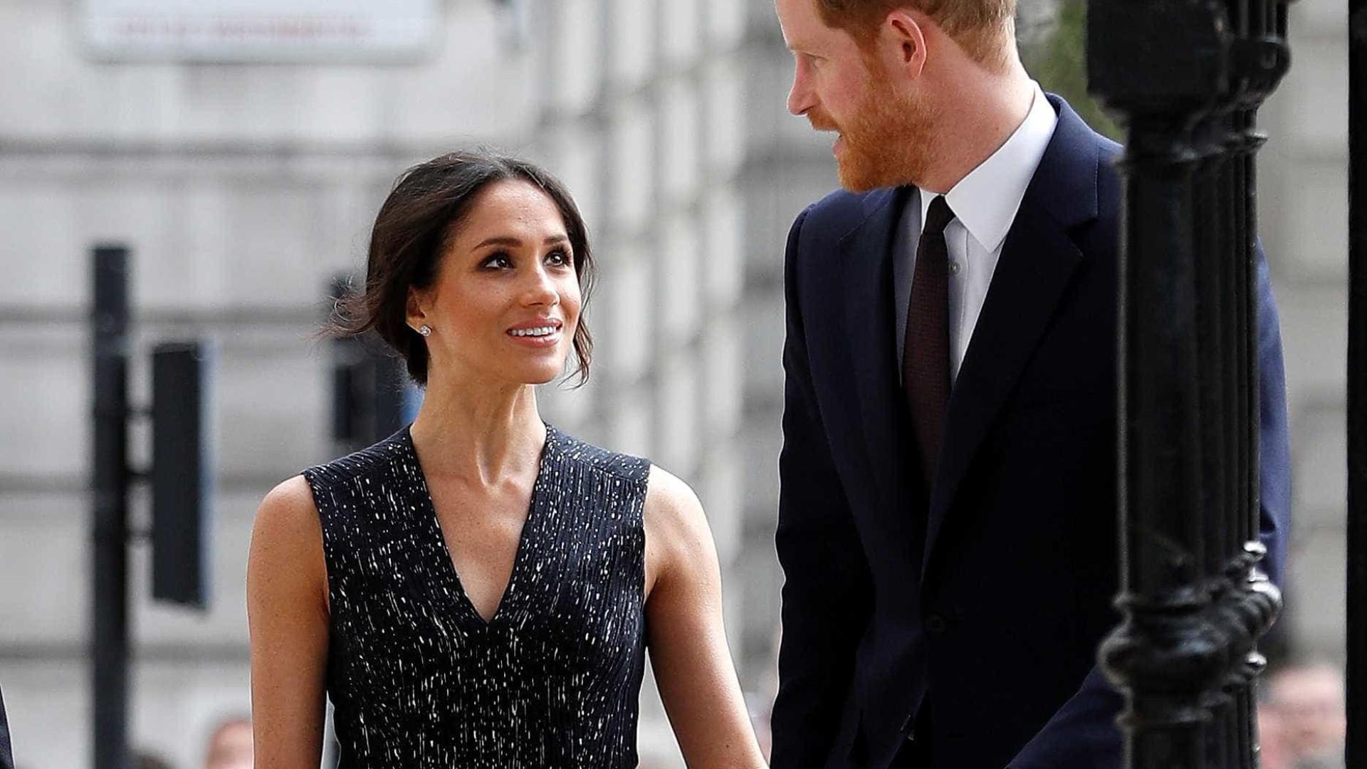 Meghan confirma que pai não irá ao casamento dela com Harry
