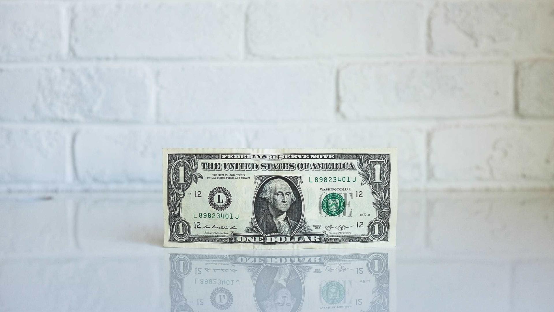Dólar sobe para R$ 3,62 após empate técnico entre Ciro e Marina