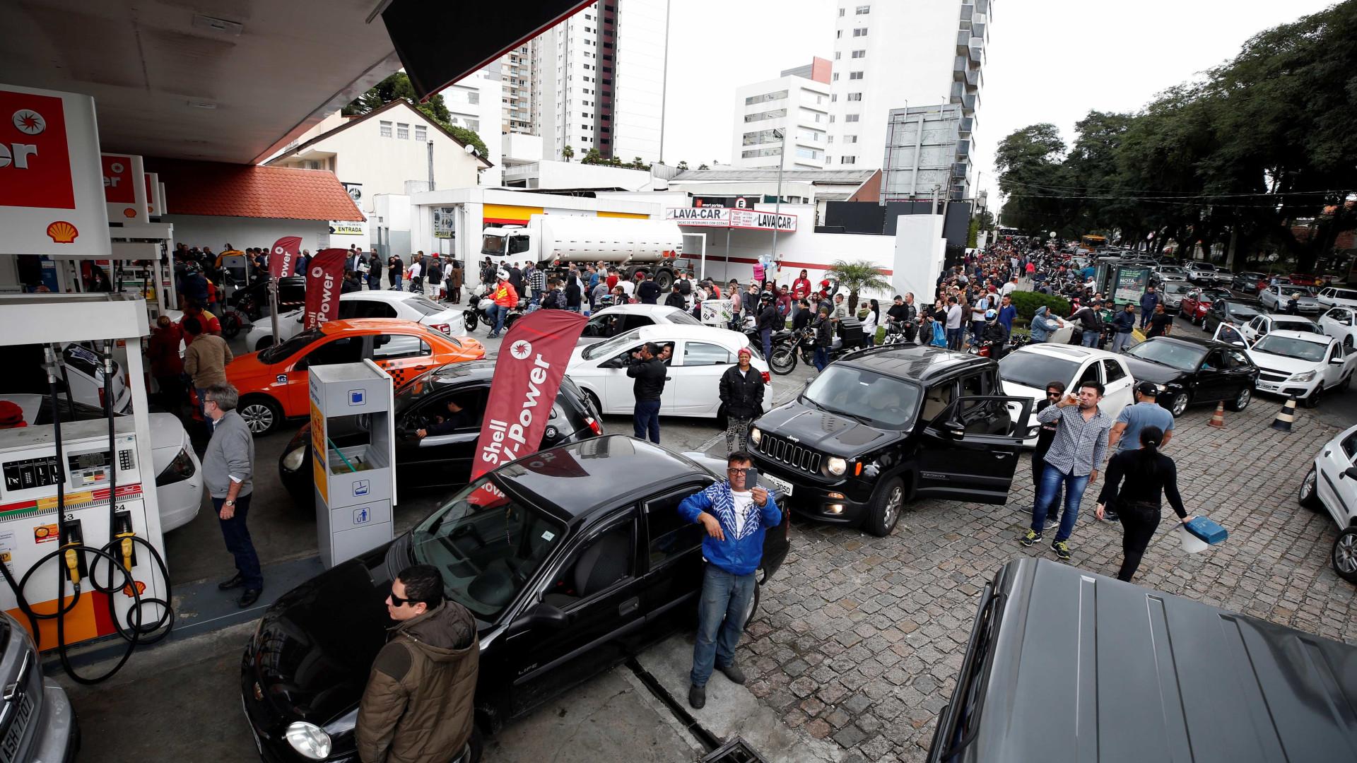 Greve dos caminhoneiros: Procon dá dicas aos consumidores