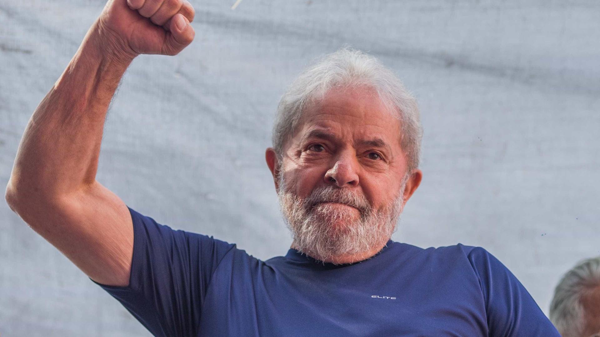 Lula diz que não quer indulto, afirma Gleisi Hoffmann