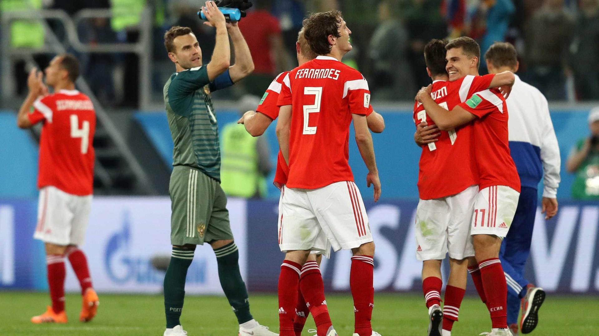 Sensação, Rússia bate Egito e fica perto da classificação na Copa