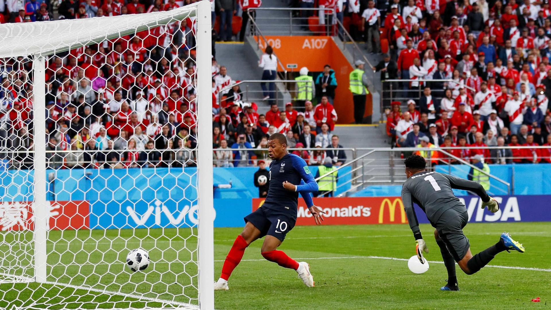 Mbappé supera Trezeguet e entra para a história da seleção francesa