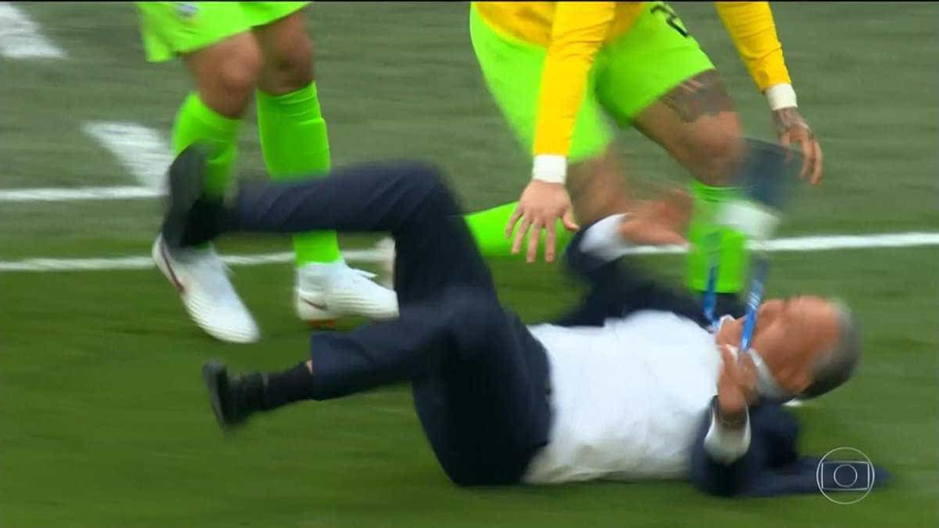 Viu isso? Tite se estabaca ao comemorar gol de Coutinho na Copa