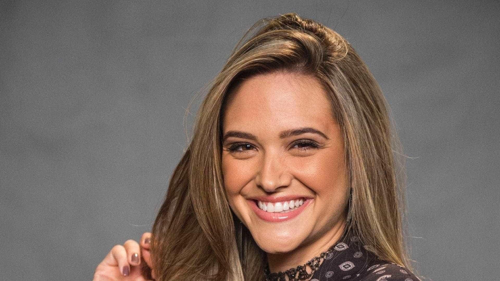 Juliana Paiva substitui Marquezine e Marina Ruy Barbosa em novela
