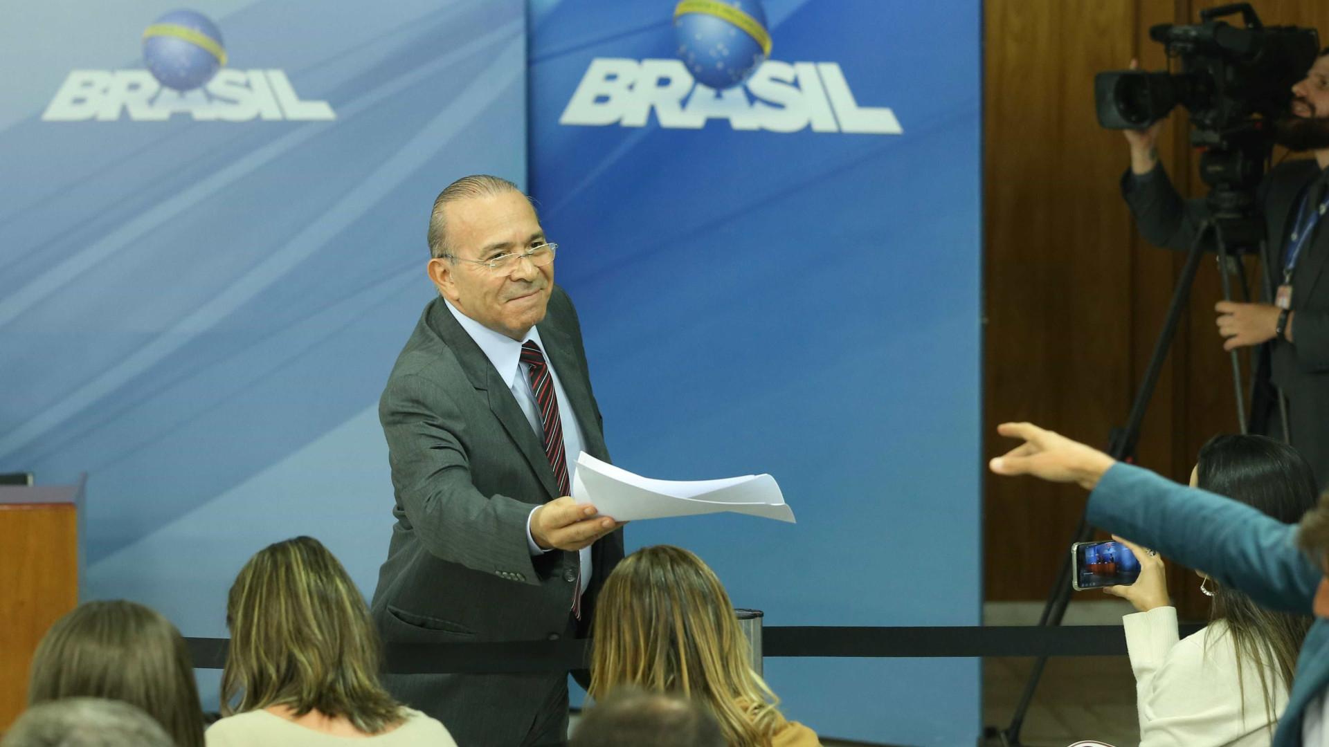 Eliseu Padilha é nomeado ministro interino do Trabalho