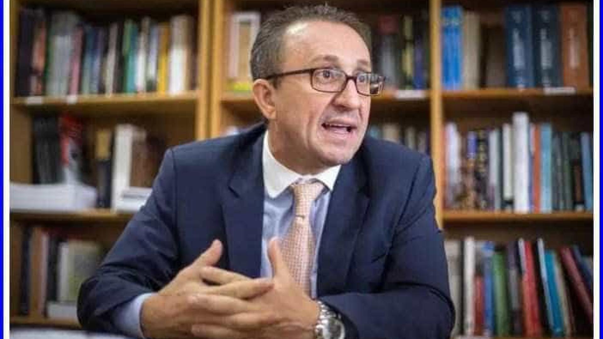Favreto diz que sua decisão não contraria entendimento de outras cortes