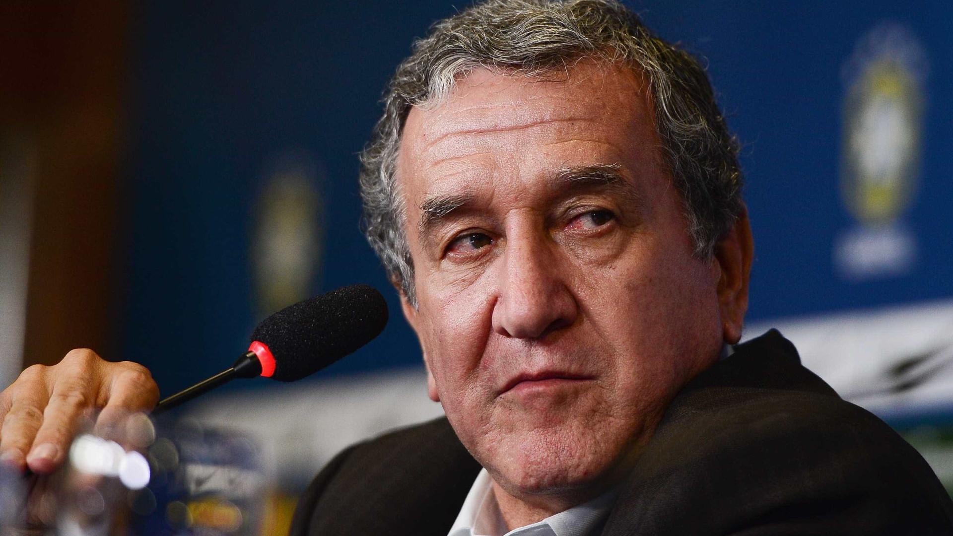 Faltou experiência para o Brasil vencer a Copa, diz Parreira