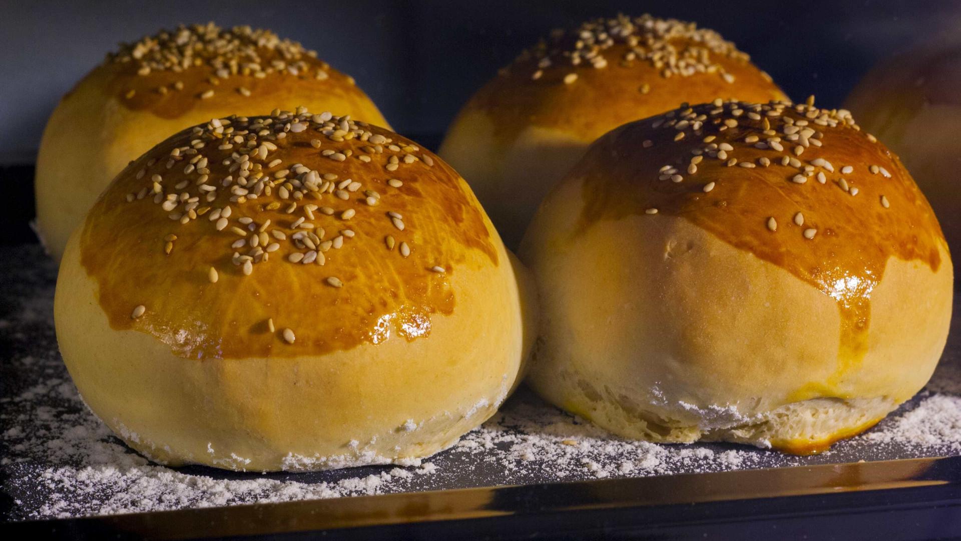 Pão de minuto: aprenda a fazer esta delícia que não dá trabalho