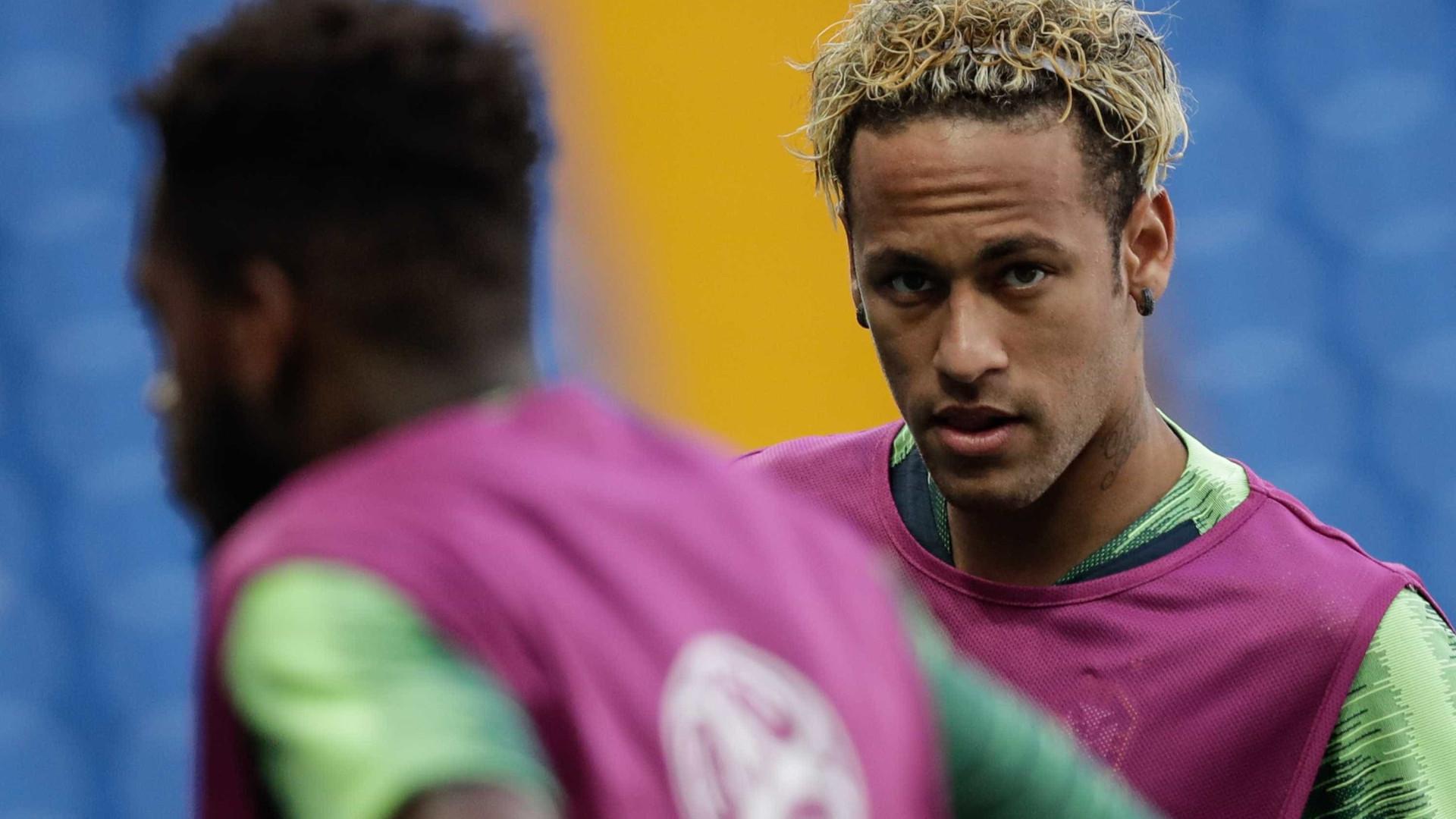 Neymar aparece com nova tatuagem no peito; veja