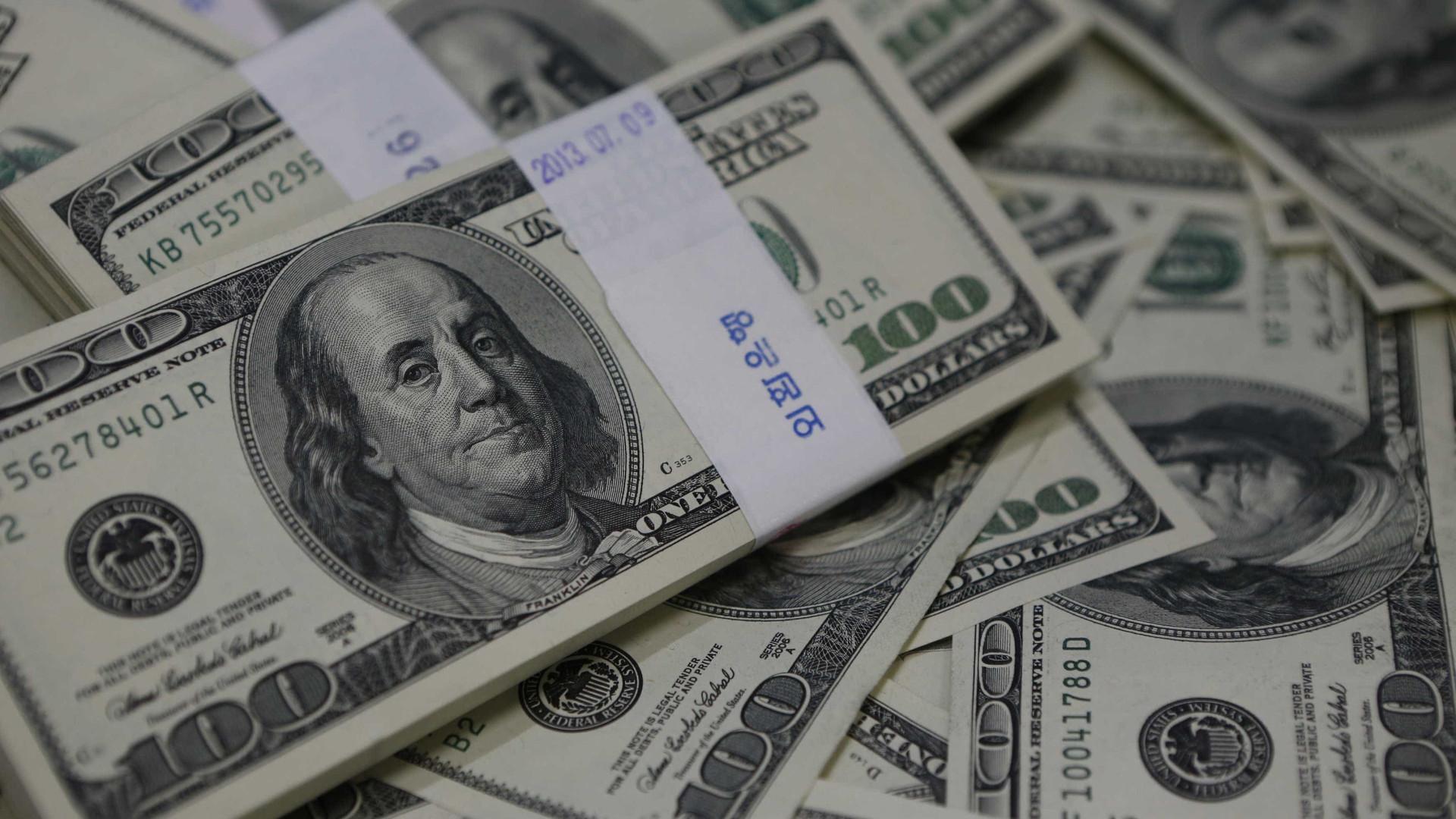 Dólar turismo cai mais de 5% e é vendido a R$ 3,91