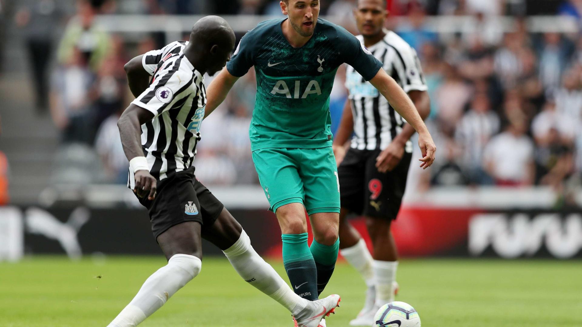 Tottenham vence Newcastle em jogo com gols antes dos 20 minutos