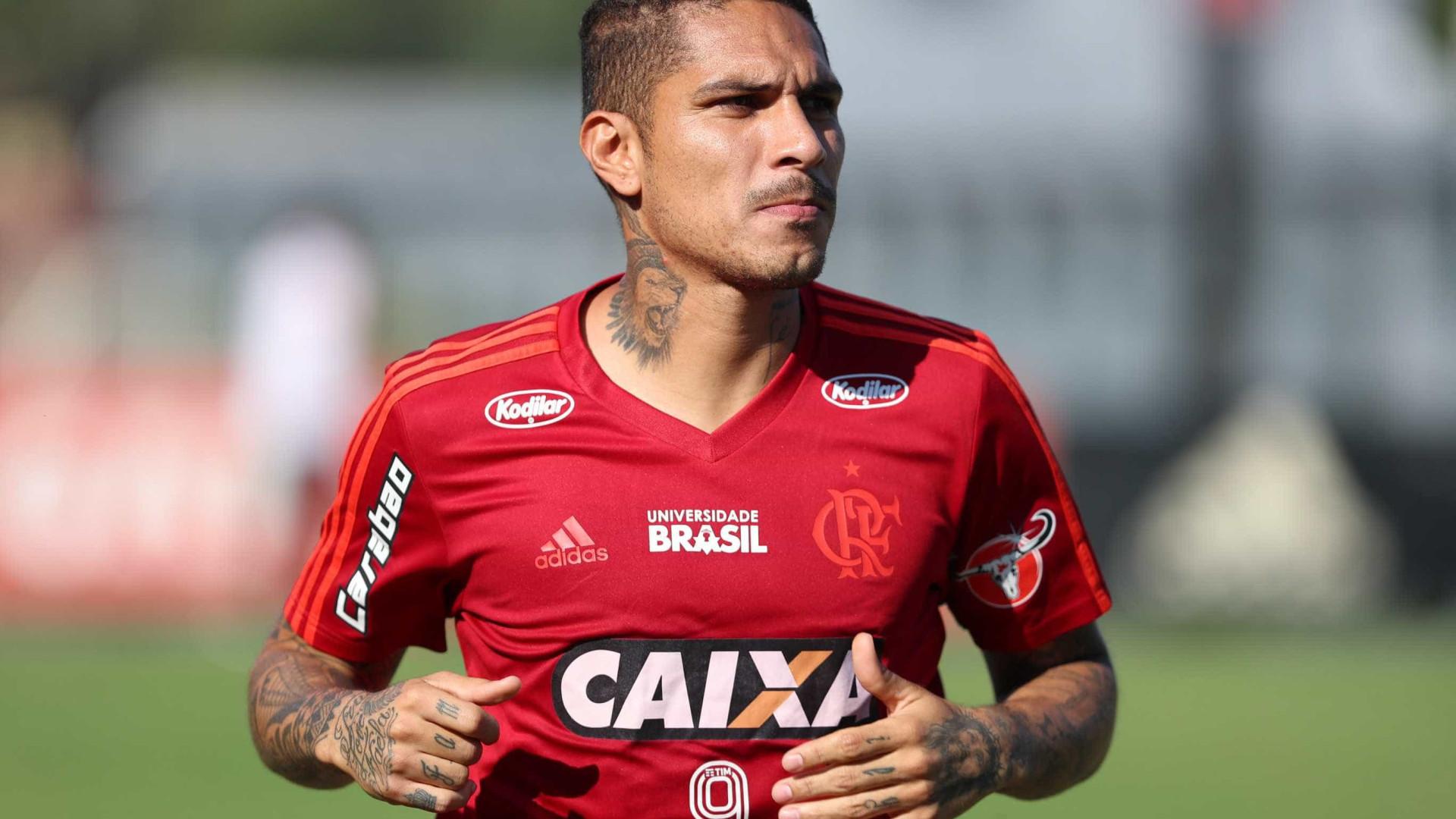 Lesionado, Guerrero é descartado pelo Fla para jogo contra o Grêmio