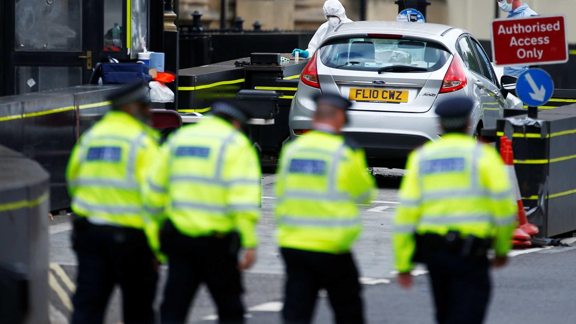 Polícia confirma três feridos em ataque ao Parlamento do Reino Unido